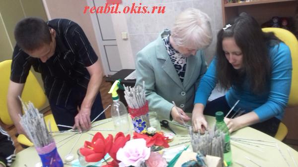 состоялся творческий мастер-класс по плетению изделий из бумажной лозы