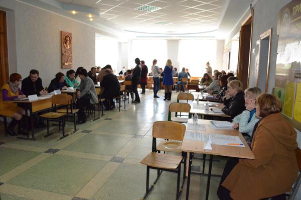сотрудники отдела кадров Центра посетили ярмарку вакансий для выпускников ВУЗов и работодателей