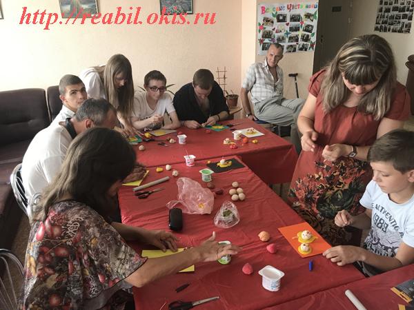 в ГУ ЛНР «Центр комплексной реабилитации инвалидов» был проведен мастер класс по тестопластике