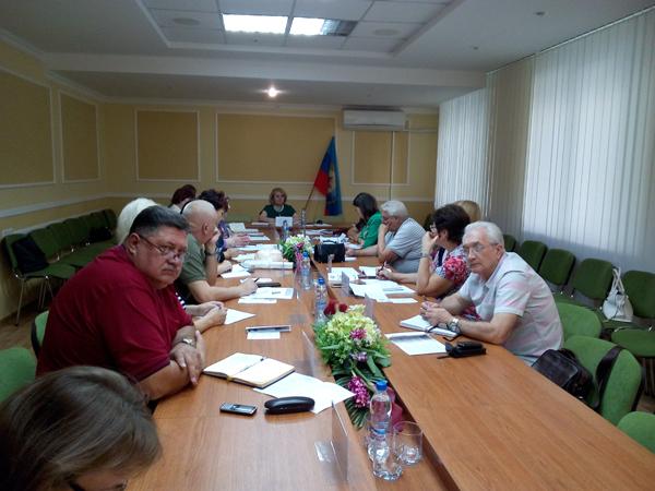 15 сентября 2017 года представители ГУ ЛНР «Центр комплексной реабилитации инвалидов» приняли участие в заседании координационного совета