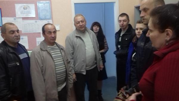Началась встреча с экскурсии, которую провела директор - Гачегова Татьяна