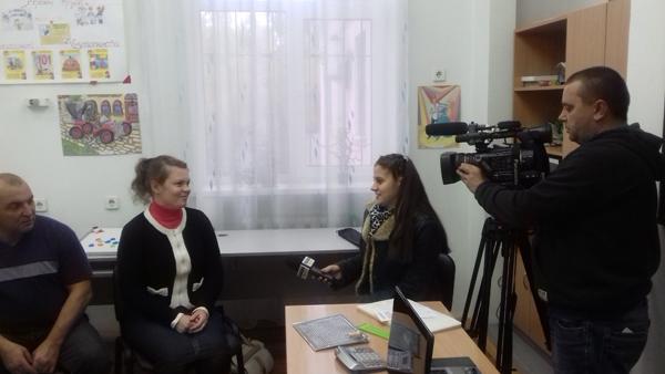 12 октября 2017 года Центр посетила съемочная группа телеканала «Луганск 24» с целью подготовки ролика  о работе группы, которая проходит реабилитацию на данный момент