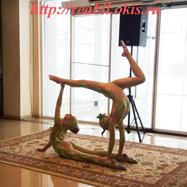 цирковыми номерами побаловали зрителей артисты Луганского Республиканского Дворца культуры
