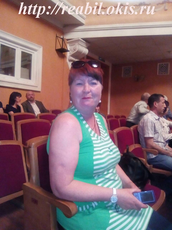 в Луганском театре