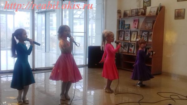 Очаровательные малышки ансамбля «Ассольки»